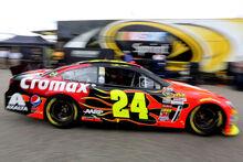 Jeff Gordon 2013 Axalta Cromax