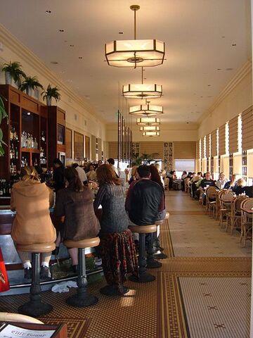 File:Sandwichbar in Grand Eastern Mall.jpg