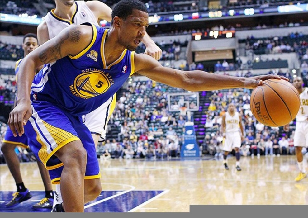 Category:Players who wear/wore number 18 | Basketball Wiki ...
