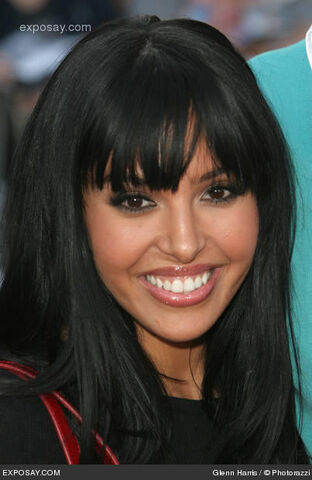 File:Vanessa-bryant-pirates-of-the-caribbean-at-worlds-end-movie-premiere-arrivals-4YNPMJ.jpg