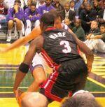 Dwyane Wade-Toni Kukoc in a 2005 game