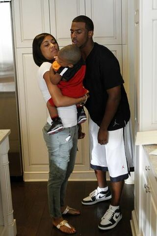 File:Jada-crawley-family-picture.jpg