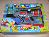 MaxDSecretStrikeBox2003