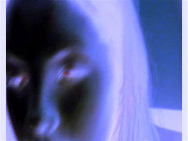 File:Caranje-Bewitchment 01x09 Tajna u mraku 0004.jpg