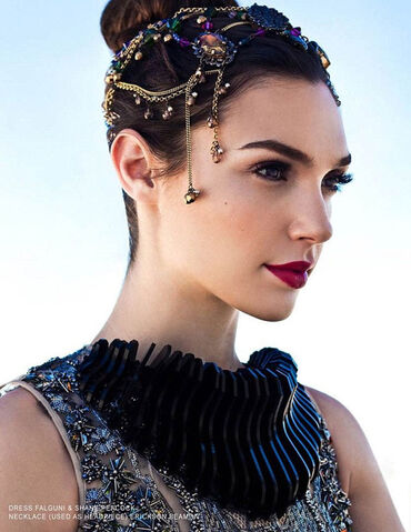 File:Gal-Gadot-Bello-Magazine-3.jpg