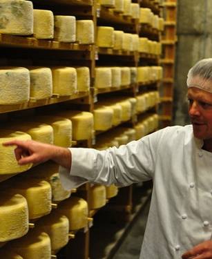 File:12575-cheese head-crop.jpg