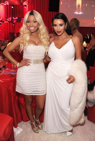 File:AIDS Oscars party 4 - Nicki Kardashian.png