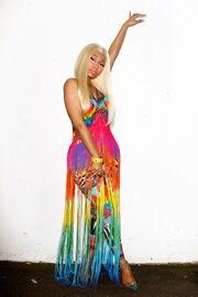 Nicki-minaj-2012-aria-awards-australia8