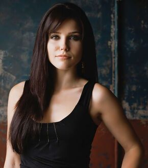 Sophia-bush-actress-19546