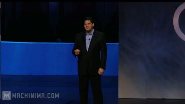 File:Reggie Fils-Aime @ E3 2010.jpg