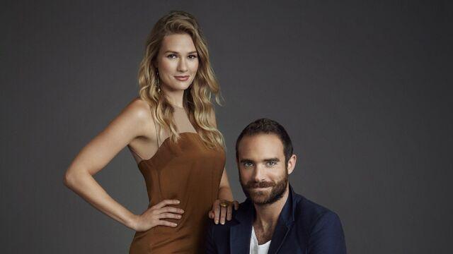 File:Xavier and Evie Slider.jpg