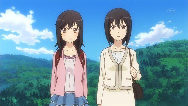 File:Hotaru and her Mom.jpg