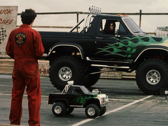 File:Malloys race trucks.png