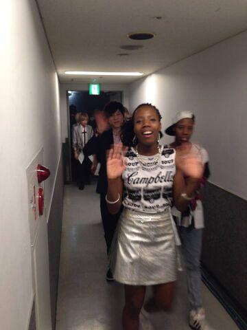 File:Ari ki walk backstage with tei in after performance.jpg