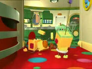 Binky Bevel in the house of Olie Polie