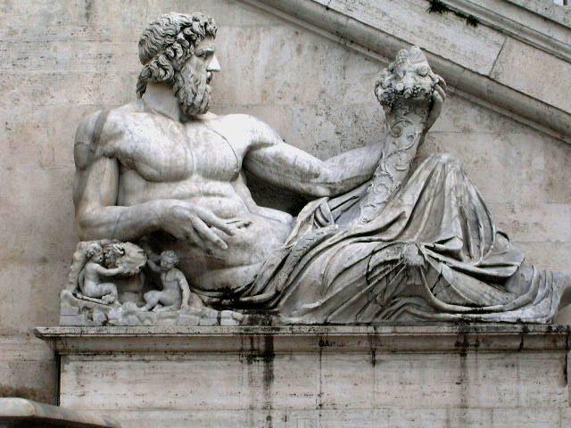 File:Roman sculpture.jpg