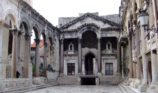 File:Diocletian's Palace.jpg