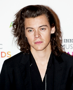 File:Harry Styles 2015.png