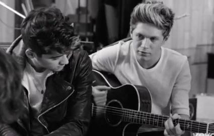 File:Niall-horan-guitar-on-face-1.jpg