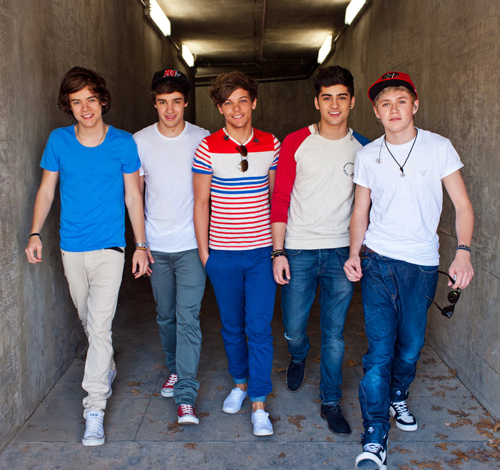 File:One+Direction+1D500028301.png