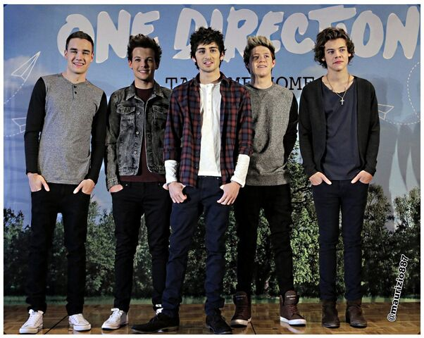 File:One-direction-2013-one-direction-33379324-1600-1275.jpg
