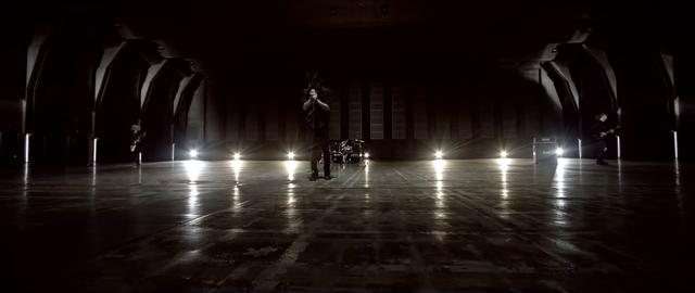 File:Mighty Long FallMusic Video screenshot 31.png