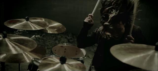 File:Deeper DeeperMusic Video screenshot 12.png