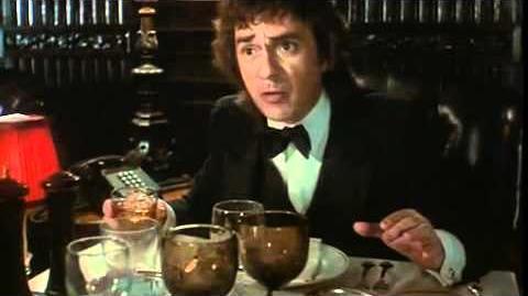 Arthur (1981) Trailer Blu-ray