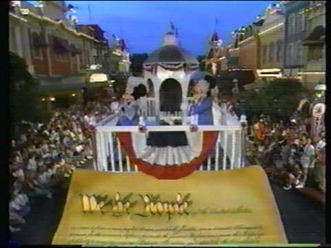 File:Disney World Parades All American Parade 1989.jpg