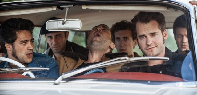 File:Westside 1x02 - The gang and Darijo.jpg