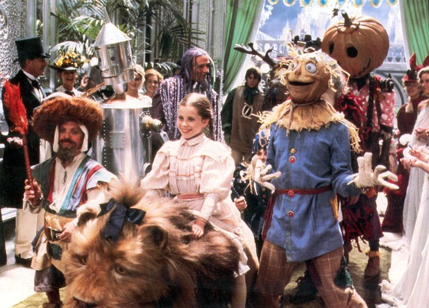 File:Movies return to oz 1.jpg