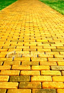 File:Yellow Brick Road.jpg