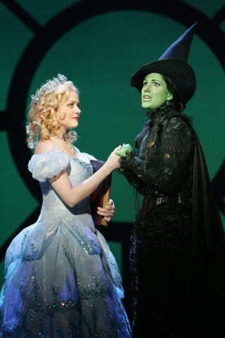 File:Wicked-glinda-and-elphaba.jpg
