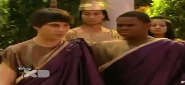 File:Pair Of Kings S02E07 Pair Of Geniuses Part 1 244.jpg