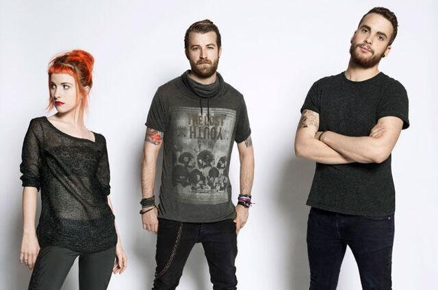 File:Paramore15.jpg