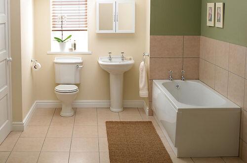 Cecilia Spall's Bathroom