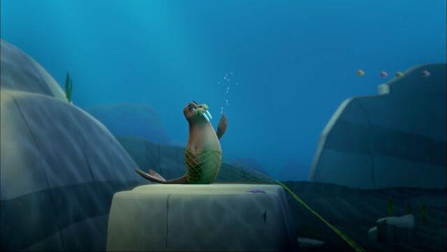 File:PAW Patrol - Wally the Walrus - Underwater.jpg