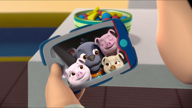 File:Little Pigs 28.png