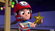 PAW.Patrol.S01E16.Pups.Save.Christmas.720p.WEBRip.x264.AAC 1110009