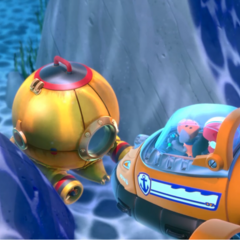 Ryder and Zuma find the Diving Bell trapped between two rocks in