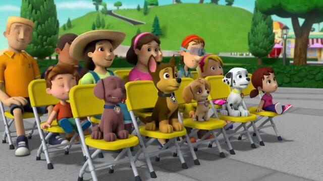 File:PAW Patrol Season 2 Episode 10 Pups Save a Talent Show - Pups Save the Corn Roast 520186.jpg