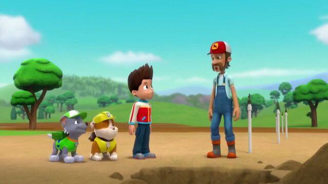 File:PAW Patrol Season 2 Episode 10 Pups Save a Talent Show - Pups Save the Corn Roast 494194.jpg