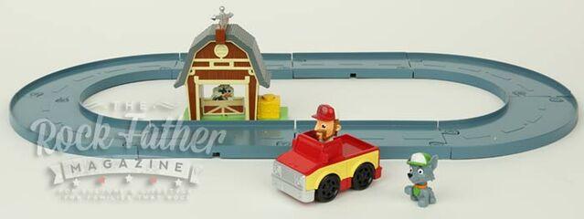 File:Rocky's Barn Rescue set.jpg
