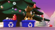 PAW.Patrol.S01E16.Pups.Save.Christmas.720p.WEBRip.x264.AAC 104671