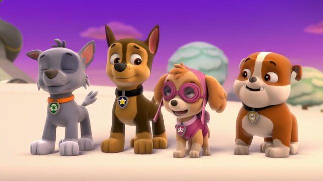 File:PAW.Patrol.S01E16.Pups.Save.Christmas.720p.WEBRip.x264.AAC 171104.jpg