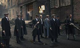 Peaky-Blinders-gang-lined-010