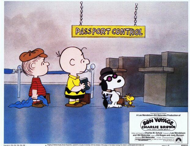 File:Bon Voyage, Charlie Brown lobbycard (2).jpg