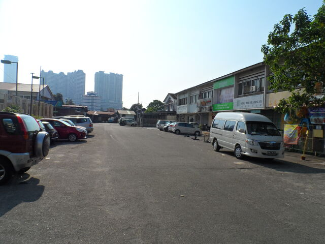 File:Bukom Road, George Town, Penang.JPG