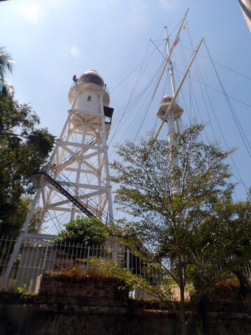 File:Fort Cornwallis Lighthouse, George Town, Penang (2).JPG