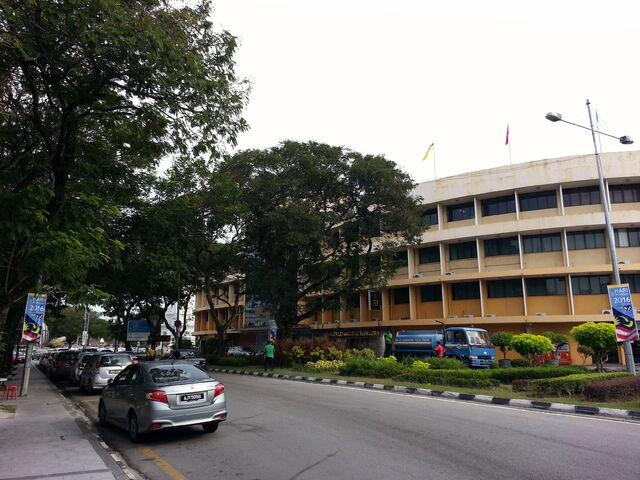 File:King Edward's Place, George Town, Penang.jpg